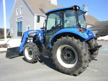 2015 New Holland Agriculture T4