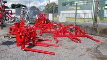 Nugent Bale handling Equipment