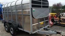 Livestock box 12'