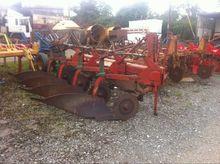 Keverneland 4f plough