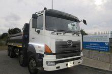 Used 2012 HINO 700 S