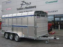 indespension livestock trailer
