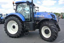 Used Holland T7.220