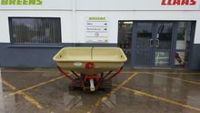Cosmo Fertiliser spreader