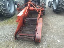 Johnson Potato Digger - UK Impo