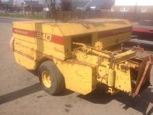 New Holland 940 square baler