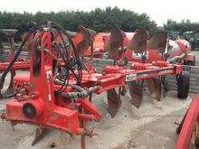 Vogel & Noot 5 furrow plough