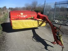 Used taarup 306 8ft