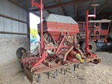 Kuhn HR3002 Power Harrow / Acco