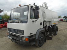 2003 DAF 55 150 with Johnston S