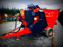 Kuhn Feeder, Blower, Bedder - U