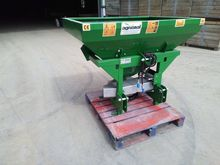 Fertilizer spreader -  Fertilis