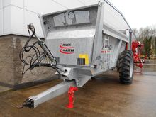 Pichon Rear Discharge spreader