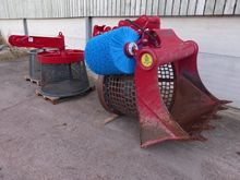 Trommel screen bucket, Lloyd Sc