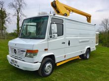2003 MERCEDES CHERRY PICKER