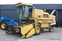 New Holland 8050 Combine Harves