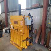 Baler compactor cardboard recyc