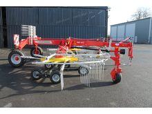 New Pottinger 762C trailed rake