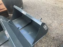 NEW FRONT LOADER BUCKETS