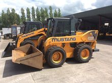 Mustang 4000V Skid Steer Loader