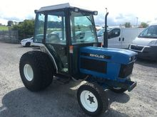 FORD NEW HOLLAND 1920 4WD TRACT