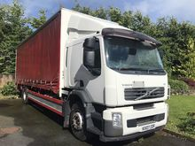 2007 VOLVO FE240 28ft curtainsi