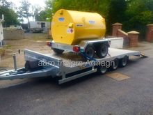 Dale Kane plant trailer car van
