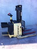 Used 2004 Hyster S1.