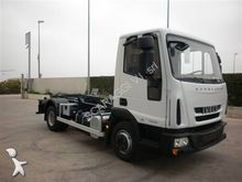 Used 2011 Iveco hook