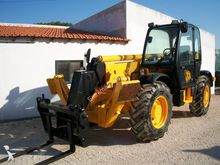Used JCB 532-120 in