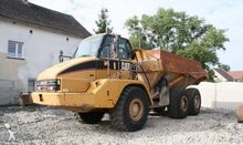 Used Caterpillar 725