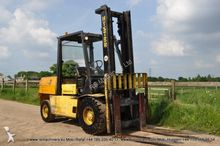Used 1999 Hyster H5.