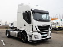 2014 Iveco AS440S46