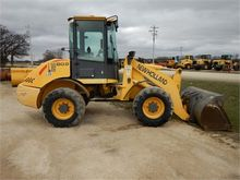 Used 2005 HOLLAND LW