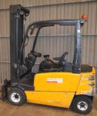 JUNGHINRICH Electric fork lift