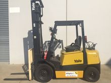 Used YALE GLP25RH Co