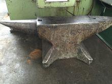 Schmiedeamboss 950 x 160 mm