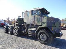 2001 Oshkosh M1070 Tractor Unit