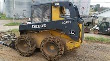 2011 Deere 328
