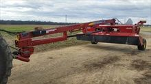 New Holland H7450