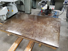 CAST IRON SURFACE PLATE / TABLE