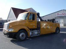 2005 Freightliner CL120