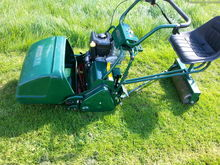 Atco Royale 20e cylinder mower