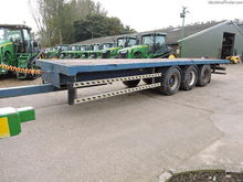 Used Flat trailer in