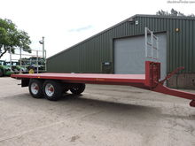 Marshall BC25 bale trailer