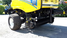 2015 New Holland Roll-Belt 150