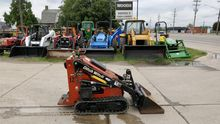 2004 DITCH WITCH SK300