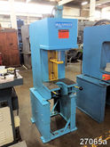 Used 4 TON DENISON H
