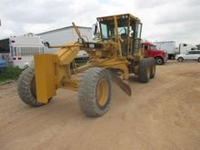 1999 CATERPILLAR 140H w ripper