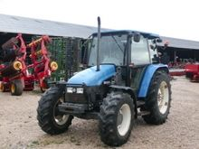 1997 New Holland 5635 Farm Trac